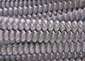 Hot Dipped Galvanized Chain Link Fence with Low Price pictures & photos