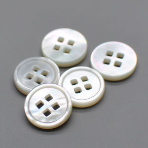 15mm Pearl White Natural Shell Two Holes Button pictures & photos