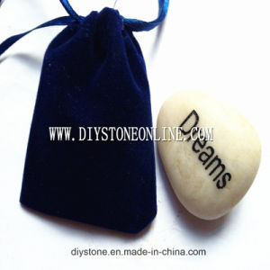 River Stone Engraved Stone 20mm-40mm pictures & photos