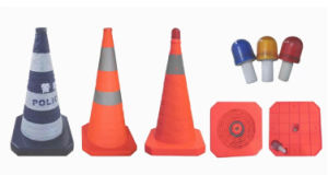 70cm Retractable Traffic Cone with LED Light pictures & photos