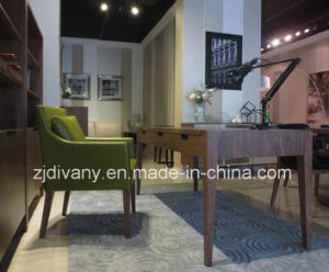 European Modern Wood Leather Single Sofa Chair (C-52) pictures & photos