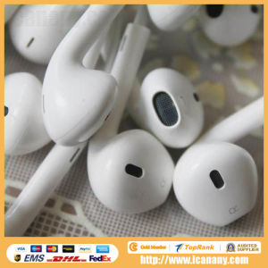 3.5mm Earpods Earphones with Remote and Mic for Apple iPhone pictures & photos