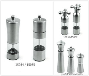 Stainless Steel Hand-Operated Pepper Mill with See Through Window pictures & photos