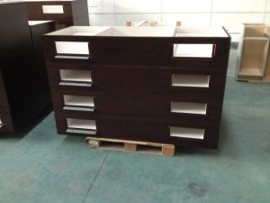 2015 Gunajia Birch Solid Wood Hotel Vanity Cabinets pictures & photos