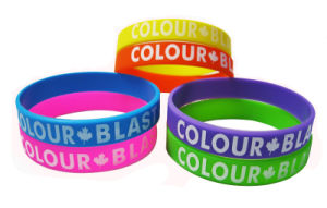 Fashion Personalized Give Away Logo Printed Silicone Wristband pictures & photos