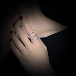 Fashion Jewelry Ring with White Color CZ Stone pictures & photos