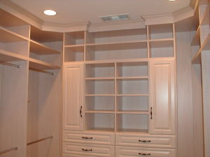 Open Style Walk-in Closet Designs with Wardrobe for Sale pictures & photos