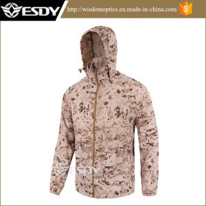 Thin Tactical Men′s Skin Sunscreen Clothing Hiking Camping Coat Jackets pictures & photos