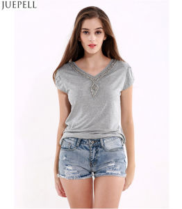 100% Cotton Summer New Women Short Sleeve T-Shirt Solid Color Big Size Loose Casual V-Neck Lady Beaded T-Shirt pictures & photos