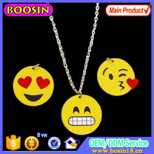 Fashion Enamel Jewelry Alloy Emoji Pendant Necklace pictures & photos