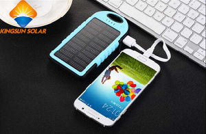 High Quality 5000mAh Solar Power Bank pictures & photos