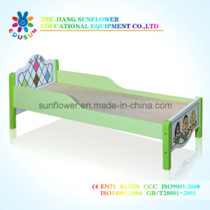 Kids Daycare Wooden European Beds for Preschool pictures & photos