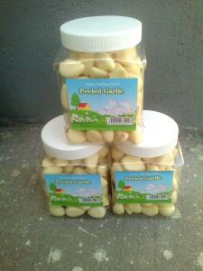 2015 New Crop Fresh Peeled Garlic pictures & photos