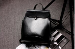 High Quality True Leather Women′s Backpack Bags pictures & photos