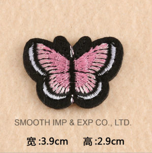 Wholesale Promotional Customized Fashion Handmade Butterfly Embroidery Patch Clothing Flower pictures & photos