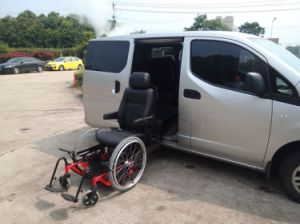 Turning Car Seat and Handicapped Car Seat for The Old with ISO pictures & photos