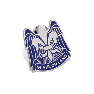 Eagle Lapel Pins, Custom Made Badge (GZHY-LP-018) pictures & photos