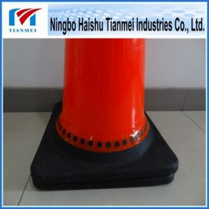 28′′ High PVC Road Safety Cone with Black Base pictures & photos