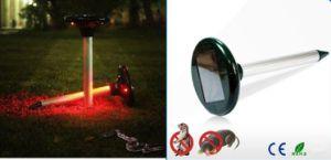 Solar Ultrasonic Outdoor Garden Pest Rodent Rat/Snake Repeller pictures & photos