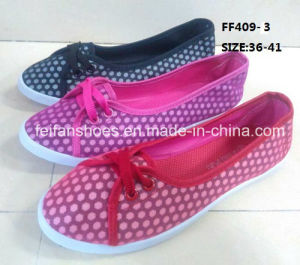 Cheap Fashion Lady Casual Shoes Injection Canvas Shoes (FF409-3) pictures & photos