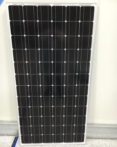 Monocrystalline 250W 260W 270W 280W PV Solar Panels on Flat Roof pictures & photos