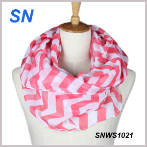 2015 Hot Sale Fashionable Stock Infinity Scarves Womens Chevron pictures & photos