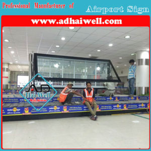 Scrolling LED Backlit Advertising Display pictures & photos