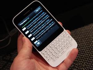 Original New Unlocked Bb Q5 Mobile Phone pictures & photos