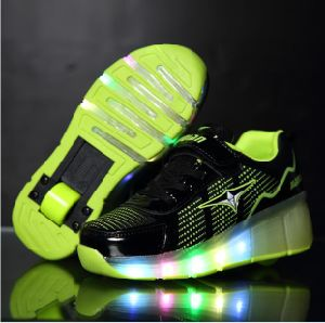 New Children Jazzy Junior Girls Boys LED Light Eelys Roller Skate Shoes pictures & photos