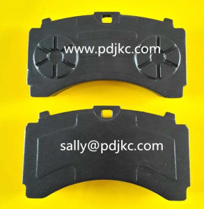 Actros Brake Pad A0064201520/29244 pictures & photos