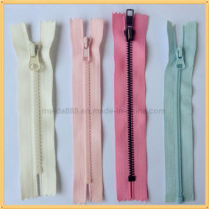 Nylon Plastic Metal Resin Rhinestone PVC Zipper for Garment