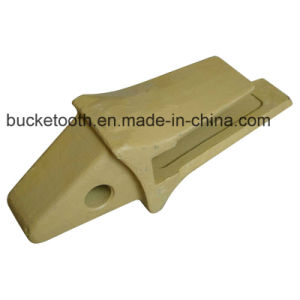 Komatsu Heavy Duty Bucket Adapter (205-939-7120) pictures & photos