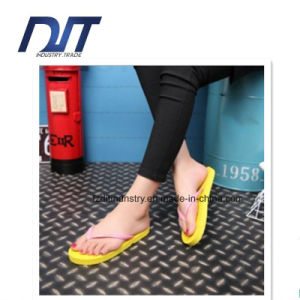 Various Colors Prinitng Logo Promotional Rubber Beach Slippers pictures & photos