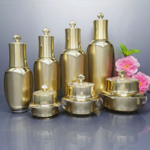 Wholesale Cosmetic Plastic Acrylic Oil Spray Bottle and Jar Set (NST35) pictures & photos