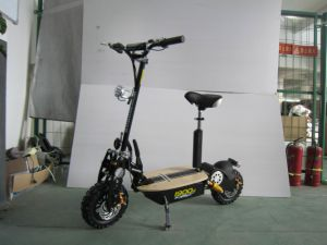 1600W Brushless Scooter pictures & photos