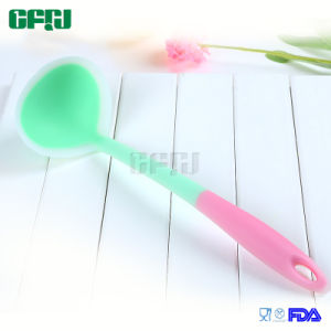 Manufacturer Non-Stick Kitchen Utensils Silicone Soup Ladle pictures & photos