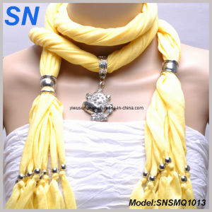 Yellow Jeweled Scarves with Animal Pendant (SNSMQ1013) pictures & photos