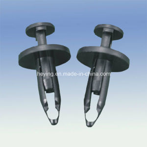 Plastic Nylon Automotive Clip Fasteners pictures & photos