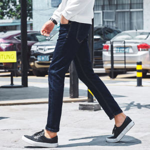 C302 Spring 2017 Best Sell Men′s Cotton Stretch Denim Jeans pictures & photos