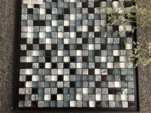 Mix Color Mosaic Tile 2015 New Design Glass Mosaic pictures & photos