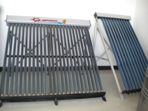 Heat Pipe Solar Collector/Pressure Solar Energy Hot Water Heater pictures & photos