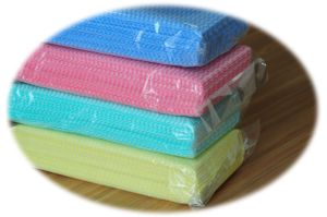 Spun Lace Non-Woven Wipe (YYW-001) pictures & photos