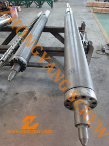 ABS Injection Molding Screw Barrel for Plastic pictures & photos