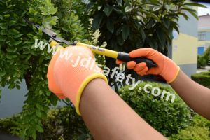 Polyester Work Gloves with Colorful Foam Latex Coating (LR3018F) pictures & photos