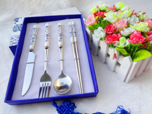 Stainless Steel Fork and Spoon Gift Package Green Flower 304/201 pictures & photos