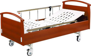 Wooden Bed Two Function Electric Hospital Bed for Family pictures & photos