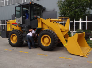 Compact Small Wheel Loader 800kg Load pictures & photos