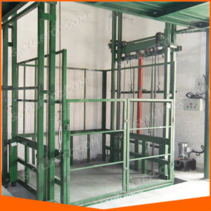 Guide Rail Vertical Goods Lift for Warehouse pictures & photos