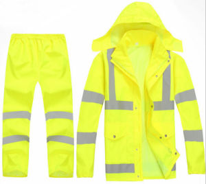 New Design Hot Sale Outdoor Rain Coat Rain Pant Fluorescent Green Traffic Safety Warming Clothing High Visibility Reflective Clothes pictures & photos