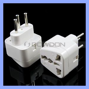 Universial Travel Adapter Plug Adapter Socket for Italy (Adapter-021) pictures & photos